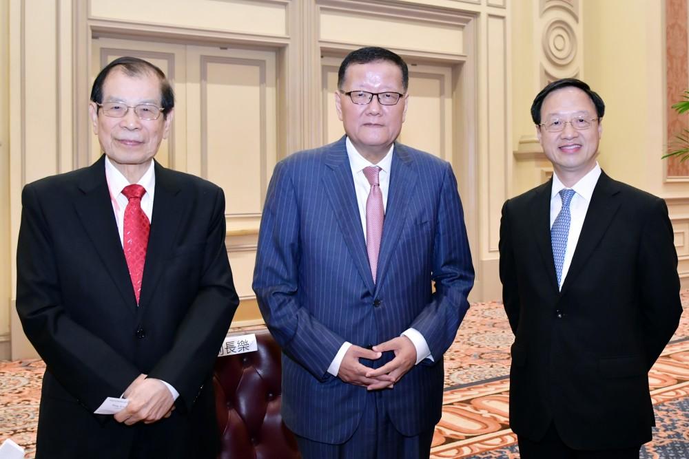 江宜樺董事長、劉長樂委員會長、丁楷恩執行主席。