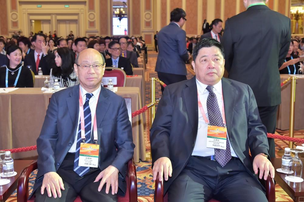澳門出入口商會會長、澳門付貨人協會會長徐偉坤先生與全國台灣同胞投資企業聯誼會會長王屏生先生