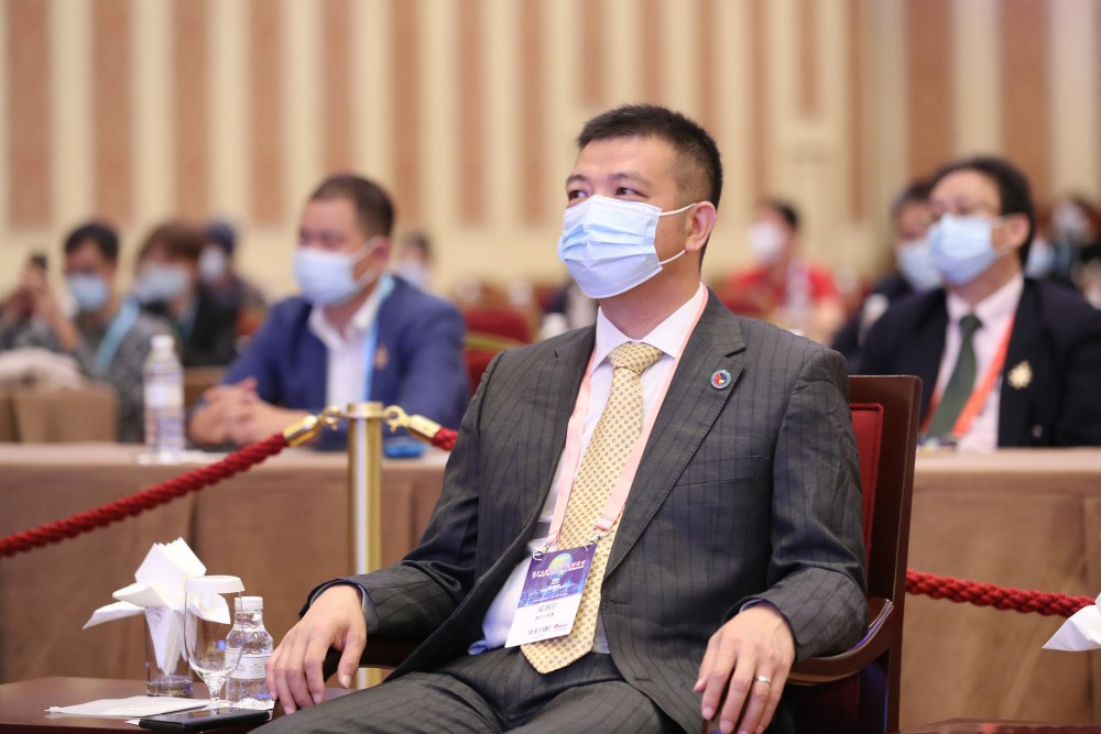 常務主席團主席吳瑞珍先生