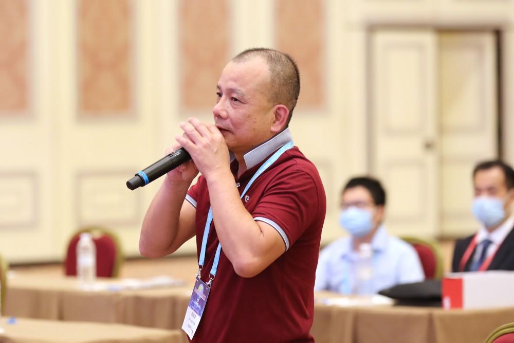 第十七屆世界華商高峰會主題論壇Q & A一景