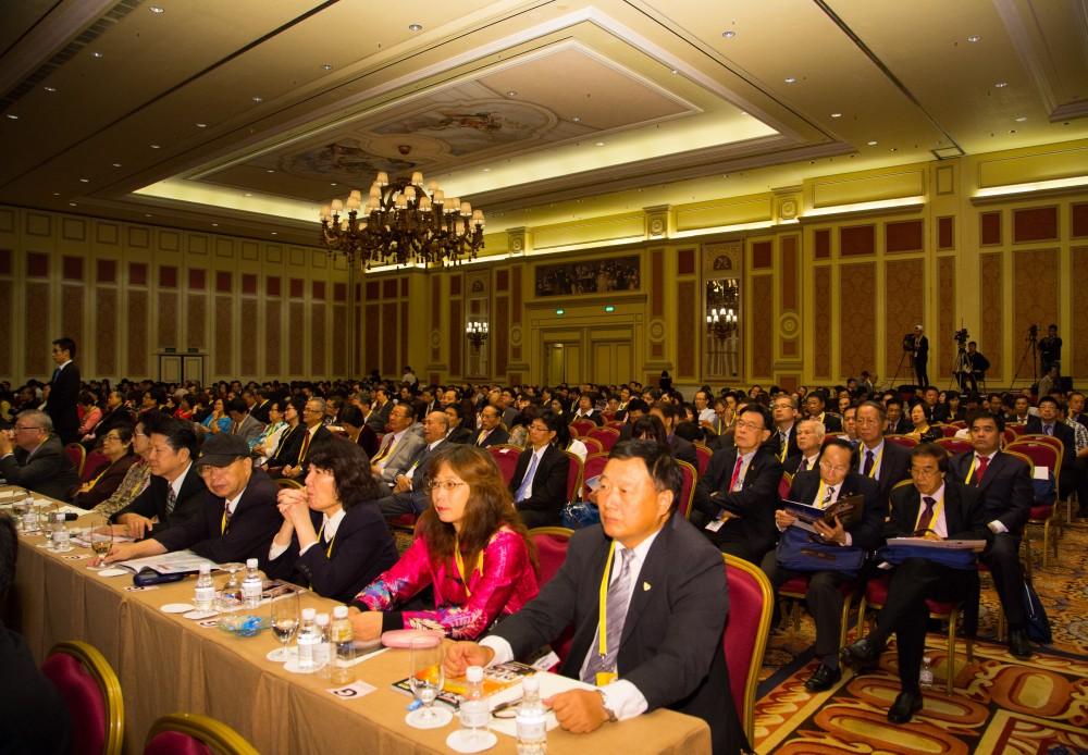 參加第十屆世界華商高峰會的會場狀況
