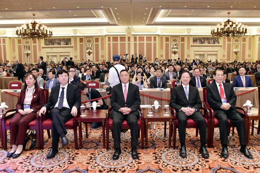 開幕典禮:(從左至右)郭素沁部長、薛曉峰副主任、梁維特司長、江宜樺董事長、丁楷恩執行主席。